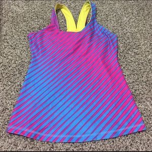 Nike pink blue sleeves workout tank built in bra